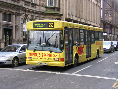 Caledonia Buses Glas T415LGP W George St Glas Apr 05