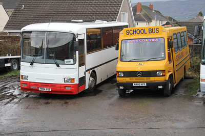 Anns Coaches Kirkintilloch P994VOS_N480KPP Depot Waterside Mar 14