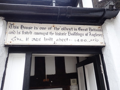"""The """"Oldest House in Great Britain"""""""