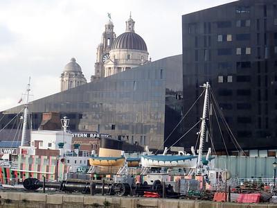 Walking Liverpool landmarks