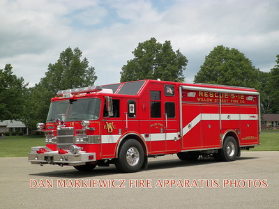 WILLOW STREET FIRE CO. RESCUE 50 2002 PIERCE HEAVY RESCUE