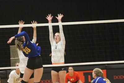 Lancaster @ Dodgeville Volleyball 9-19-17
