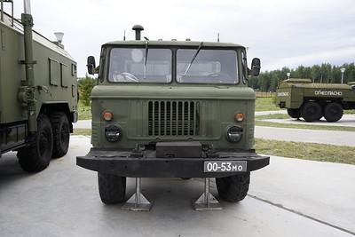 R-142N