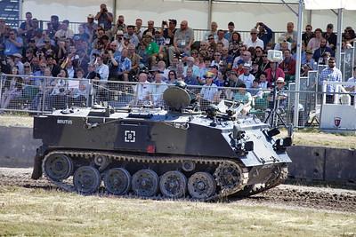 FV432