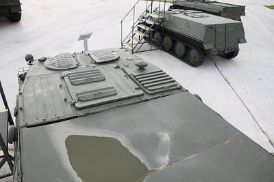 MT-M (GAZ-3933)