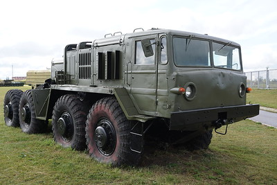 MAZ-537