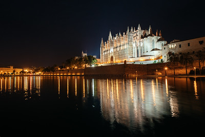 Mallorca Cathedral at Night