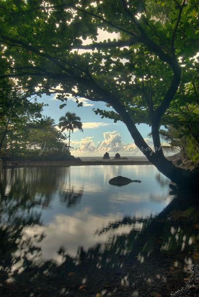 Twin Rocks, Hawaii