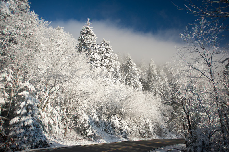 Drive through Smoky Mountains Snow