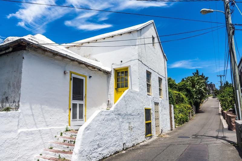 Bermuda Home on Road