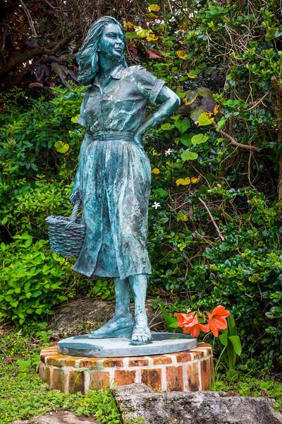 Vintage Sculpture Queens Park