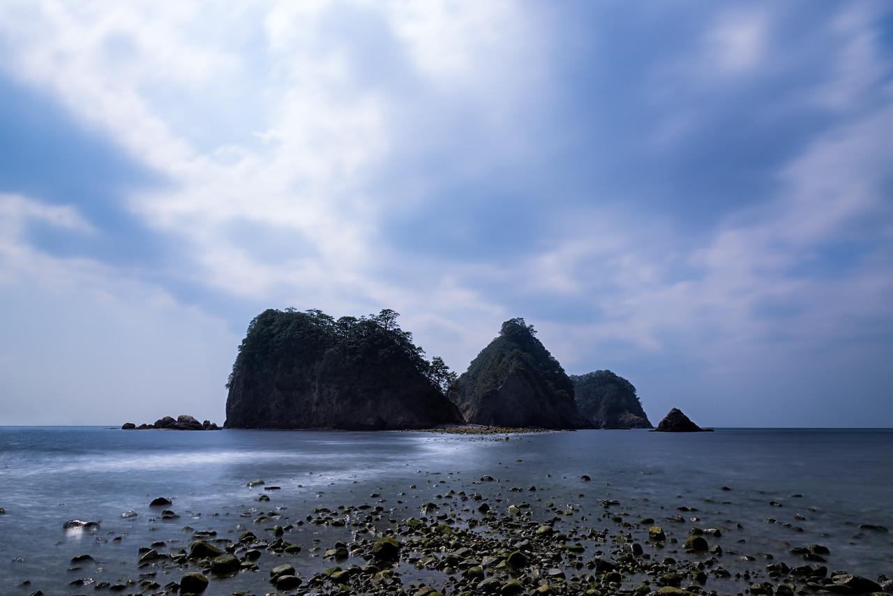 The Three Rock Island