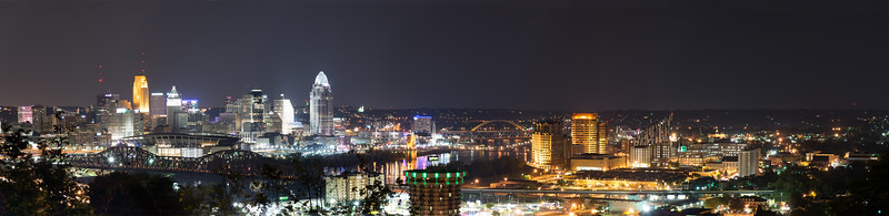 Cincinnati OH/ Covington KY Skyline at Night