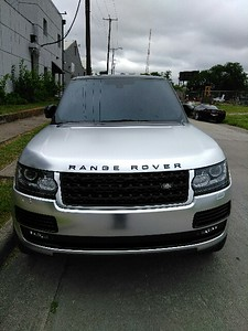 Satin Chrome wrapped Range Rover