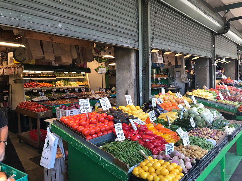 """The biggest highlight of our time in Seattle though was no doubt our """"Food Tour"""" at the """"Pike Place Market""""... Seattle's most popular place to go grocery shopping & eat, right in the heart of the city!"""