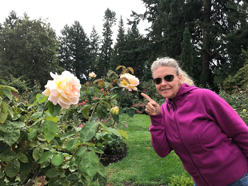 After a nice Welcome reception & Dinner and first night's sleep we were taken on a tour of Portland the next day to see the city's highlights... one of them being their Rose Garden in Washington Park.