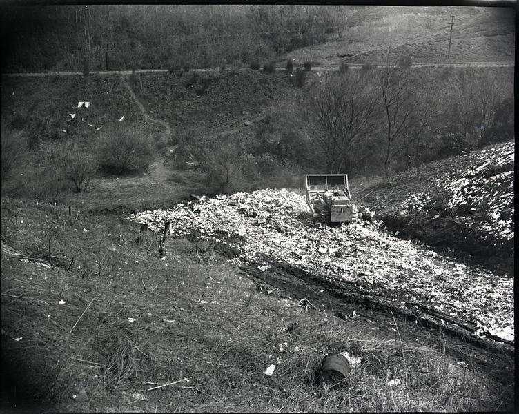 Dearington Sanitary Landfill 1949  (09634)