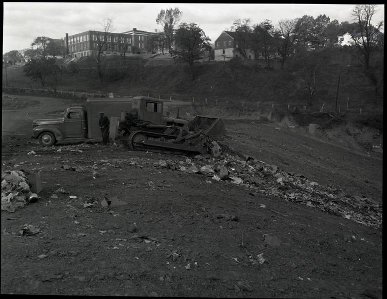 Thirteenth Street Sanitary Landfill 1952  XII (09669)