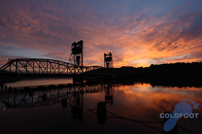 Stillwater Lift Bridge Sunrise IMG_3018 copy.jpg