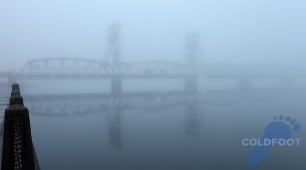 Stillwater Lift Bridge Fog IMG_2014 copy.jpg