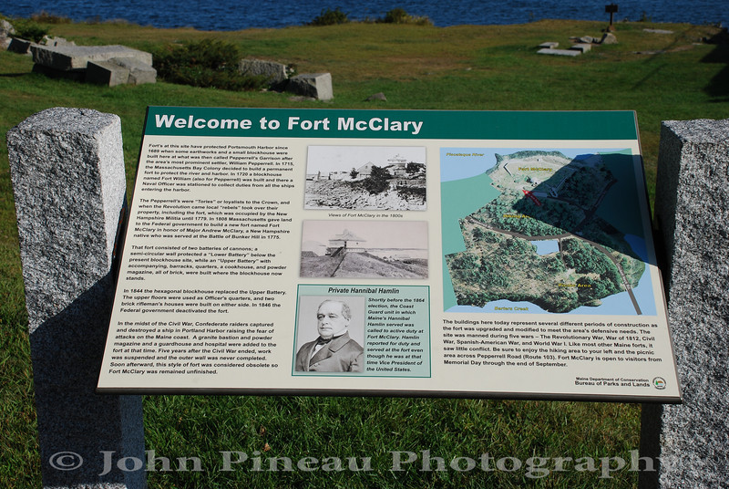 Welcome Placard<br /> Fort McClary - Kittery, Maine<br /> 20090916-DSC_9291