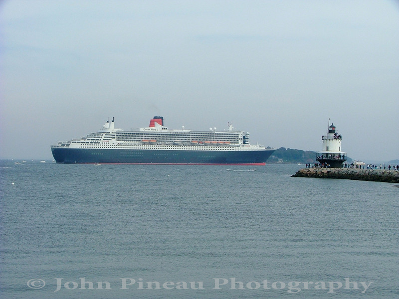 Queen Mary 2 in Portland Harbor<br /> LM_0036-Pic 014