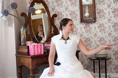 M & L Bride's Room-0717