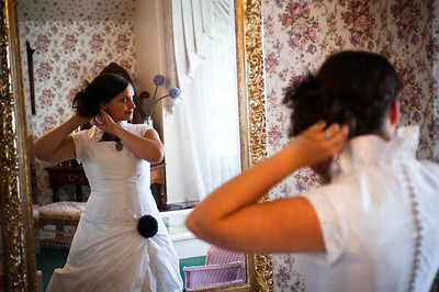M & L Bride's Room-0701