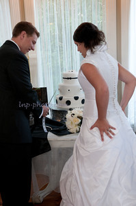 M & L Cutting the Cake-7491