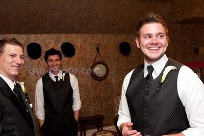 M & L Groom's Room-0689