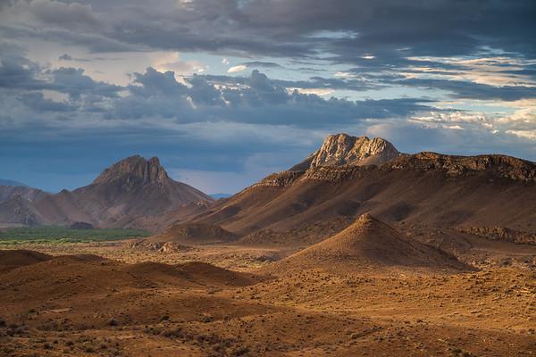 Valley of light, Weltevreden Valley in the Karoo, Prince Albert, South Africa