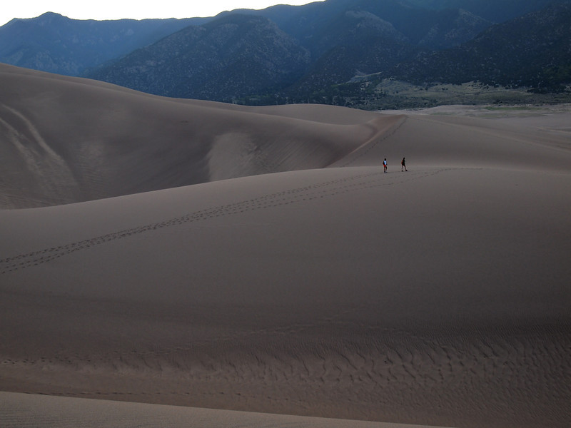 As the previous images show, I was pretty much alone on the dunes during the early morning. About 8:30 a.m., other people began to show up, leaving footprints. That's when I left. Here, you get a sense of scale. This is at the lower edge of the dunes.