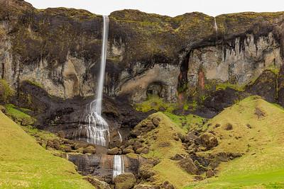 Foss Á Siðu (Waterfall At Siðu) In Iceland