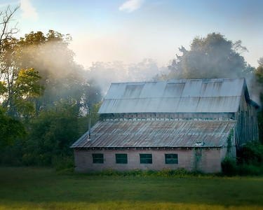 """Classic """"smoker barn"""" off Highway 76 near White House - cropped in 10 x 8 format"""