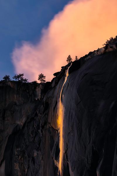 Yosemite FireFall 2021