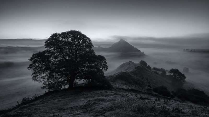 The Dragons Backbone - Chrome Hill - Peak District National Park