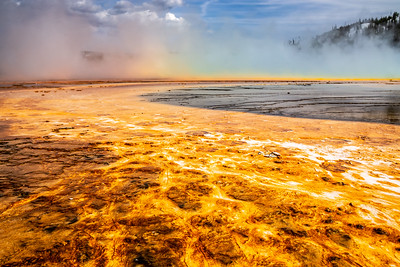 GRAND PRISMATIC SPRING RAINBOW - YELLOWSTONE