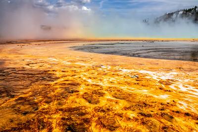 GRAND PRISMATIC SPRING RAINBOW - YELLOWSTONE