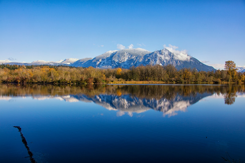 A Year's Reflection of Mt Si in Borst Lake