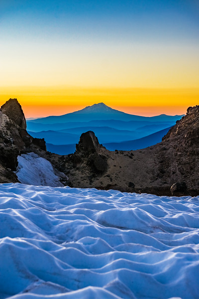 LAYERS OF THE SIERRA | LASSEN VOLCANIC NATIONAL PARK - CALIFORNIA