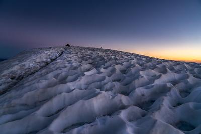 SNOWFIELD ATOP MT LASSEN - LASSEN VOLCANIC NATIONAL PARK