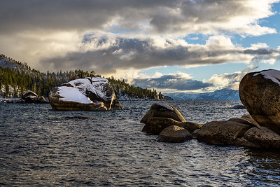 BONSAI ROCK SNOW COVERED - LAKE TAHOE