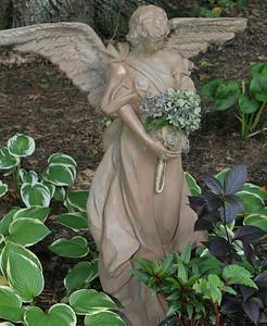Angelwood Gardens 09-18-05-IMG_2992