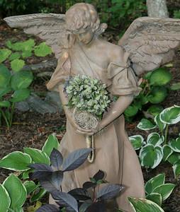 Angelwood Gardens 09-18-05-IMG_2991
