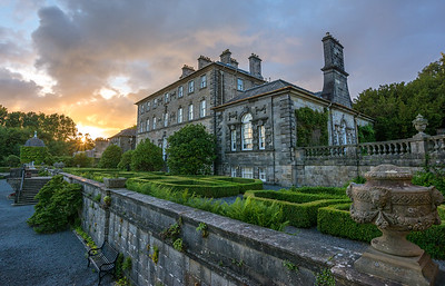 Pollok House at sunset