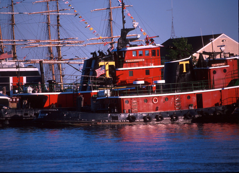 SEA34<br /> Tugs AT OPSAIL 2000<br /> New London, Connecticut