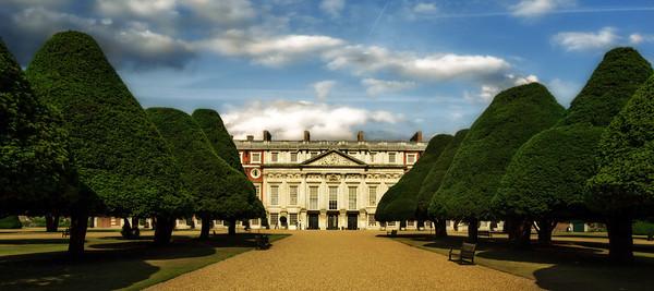Hampton Court 24220100623-242
