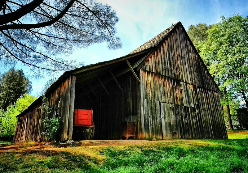 Old Shasta Barn
