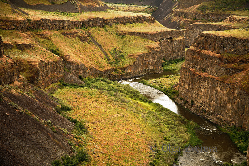 <p>The Palouse Canyon downstream of Palouse Falls on the Palouse River in Washington State, USA</p>