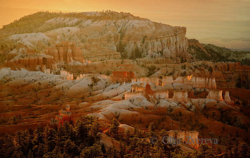 <p>Sunrise, Bryce Canyon National Park, Utah, USA</p>